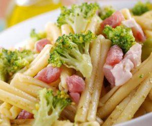 caserecce-con-broccoli-e-pancetta